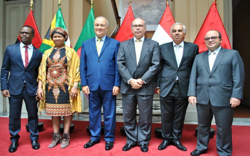 """Cancillería y misiones diplomáticas acreditadas celebran """"Día de la Amistad Perú - África"""""""