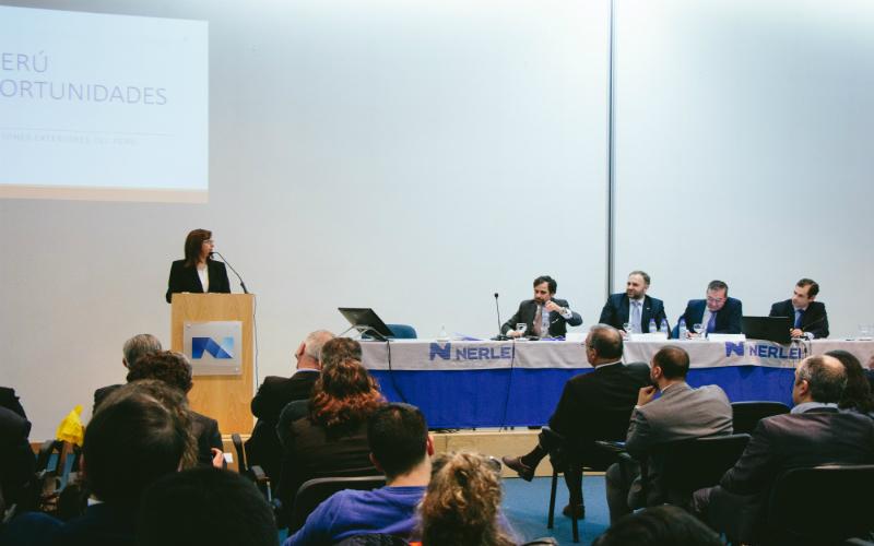 Embajada del Perú participó en forum empresarial en Portugal