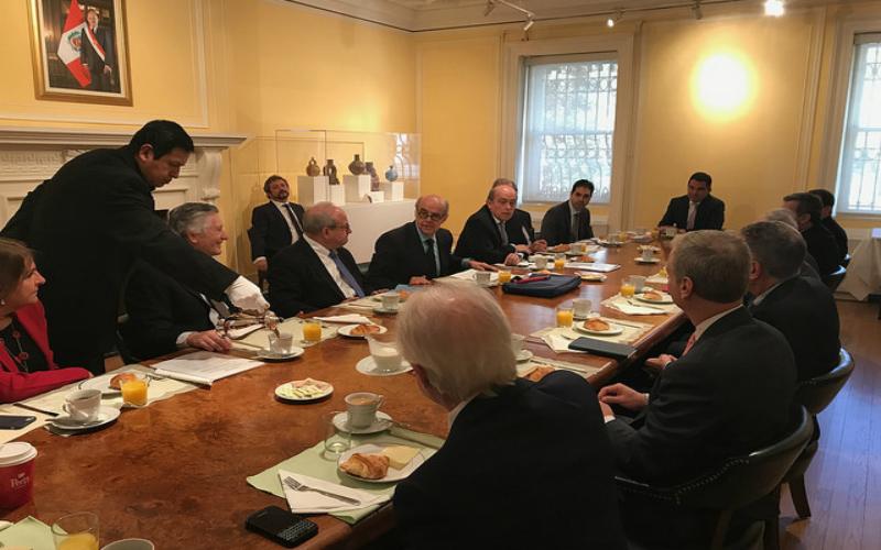 Mesa Redonda con los representantes de las principales instituciones de la sociedad civil, el sector privado y el mundo académico vinculados a la Región